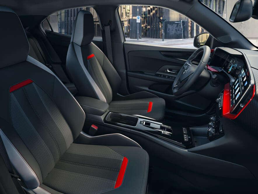 Opel Mokka, передній ряд сидінь width=