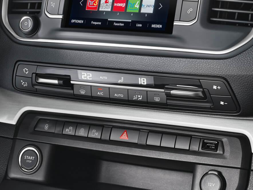 Opel, Zafira Life, інтер'єр, клімат-контроль